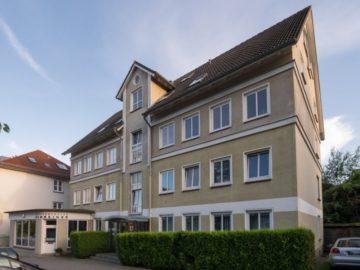 Schöne 3-Zimmer Wohnung mit Südbalkon in Fördenähe 24105 Kiel, Düsternbrook, Dachgeschosswohnung
