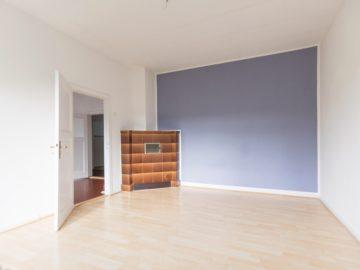 Ruhige 3-Zimmer Wohnung mit Balkon Nähe Holtenauer Straße 24105 Kiel, Etagenwohnung